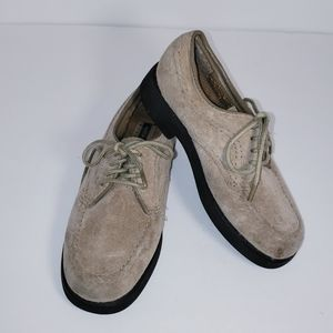 Boy's Hush Puppies Suede Shoes Size 10 1/2